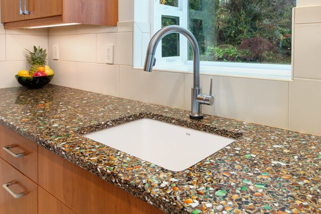 glass countertops project in portland oregon -